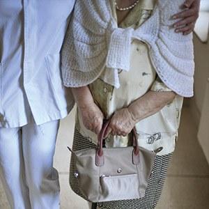 Services sociaux à destination des personnes âgées