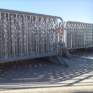 Louer du matériel (bancs, tables, tonnelles,...)