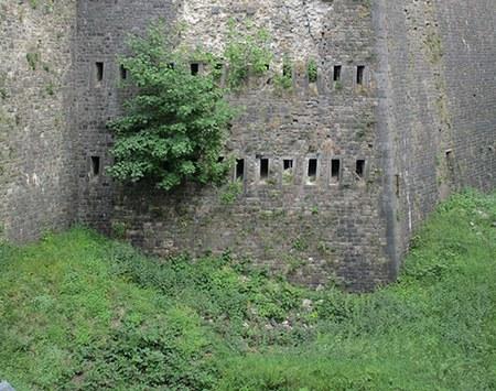 Restauration des murailles du Fossé de Médiane