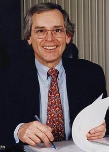 Jean-Louis Close –16.  Jean-Louis CLOSE  (né en 1947) :  bourgmestre de 1983 à 2000